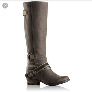 ISO: Tall Lolla Boot